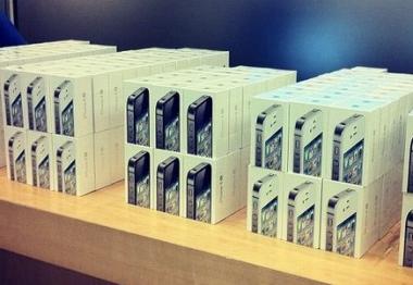 Apple расширяет географию продаж iphone 4s