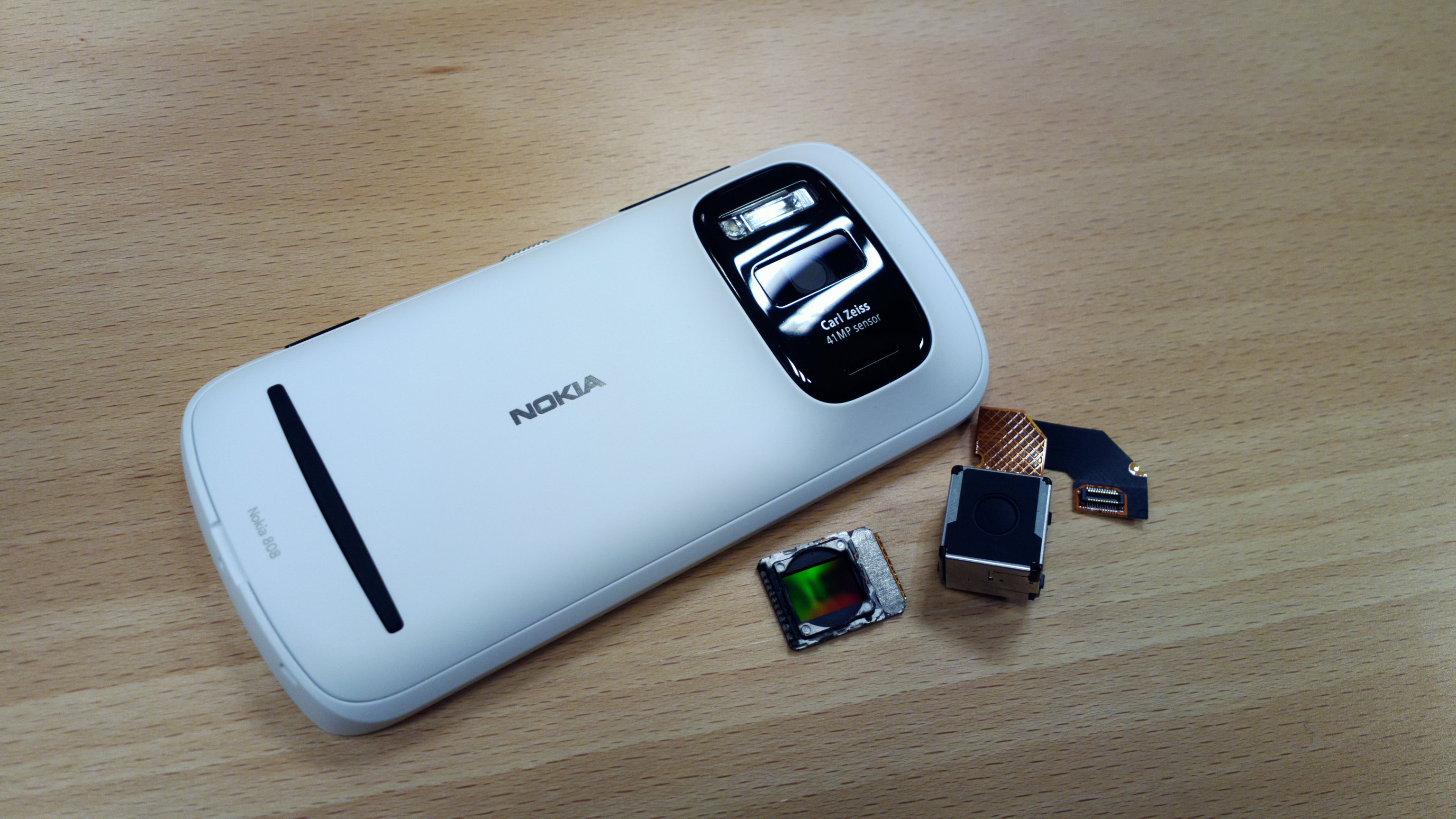 The Inside Story of Nokia's 41-Megapixel Camera Phone: Five Years in the Making