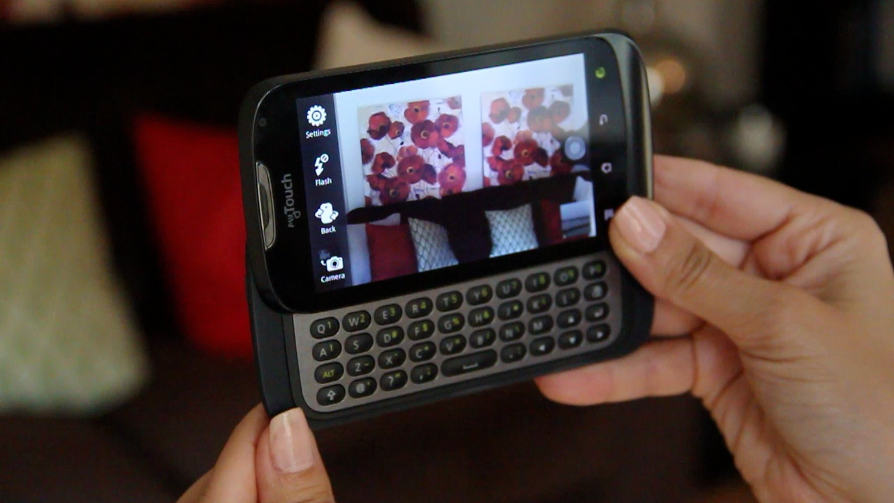 """T-Mobile myTouch and myTouch Q: """"Genius"""" Phones With Old"""