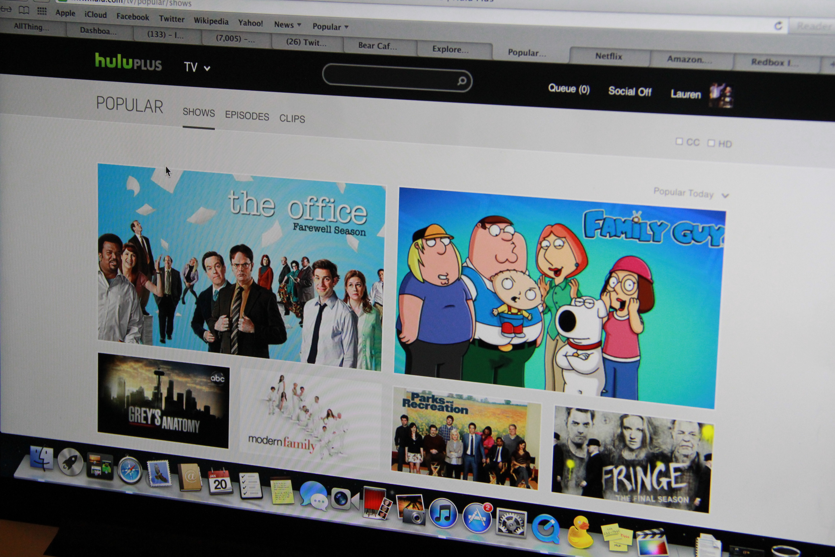 What You Need to Know About Netflix, Amazon Video and Redbox
