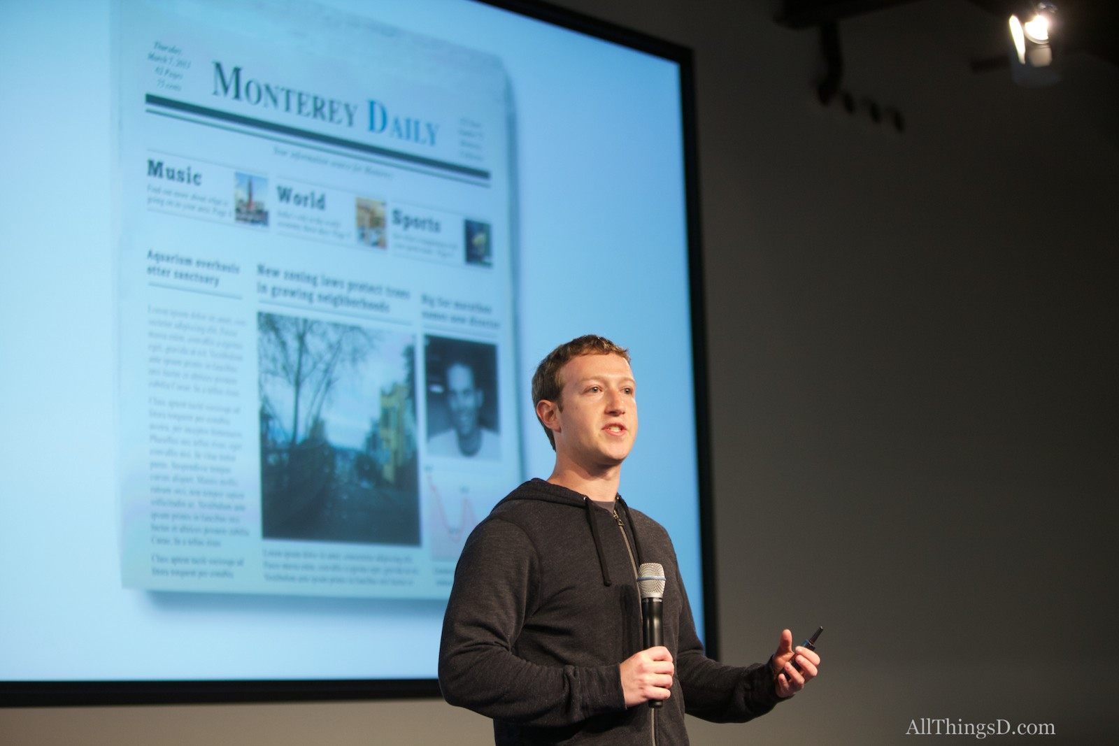 Facebook Wants to Be a Newspaper. Facebook Users Have Their Own Ideas.