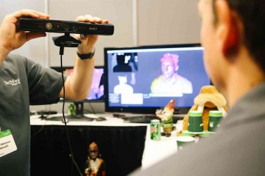 Heads Turn as Microsoft Shows Off 3-D Scanning Techniques