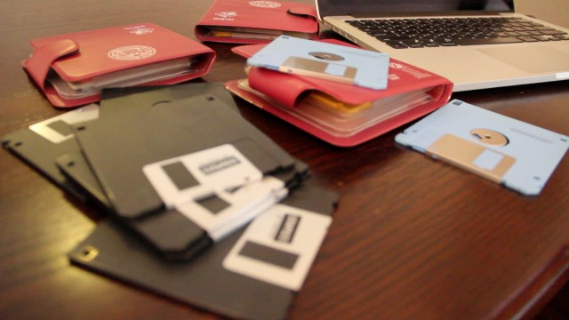 How to recover deleted files from a floppy disk