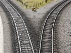 tracks_diverge
