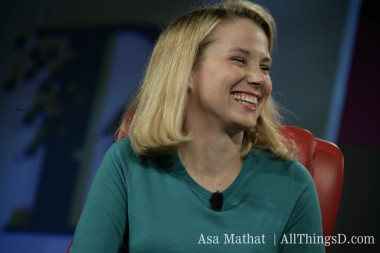 Yahoo CEO Marissa Mayer Gets a Million-Dollar Bonus After Six Months on the Job