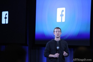 zuckerberg at phone event