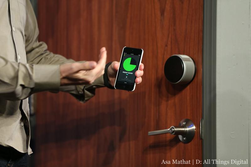 yves behar 39 s august door lock uses iphone bluetooth to auto unlock lauren goode d11. Black Bedroom Furniture Sets. Home Design Ideas