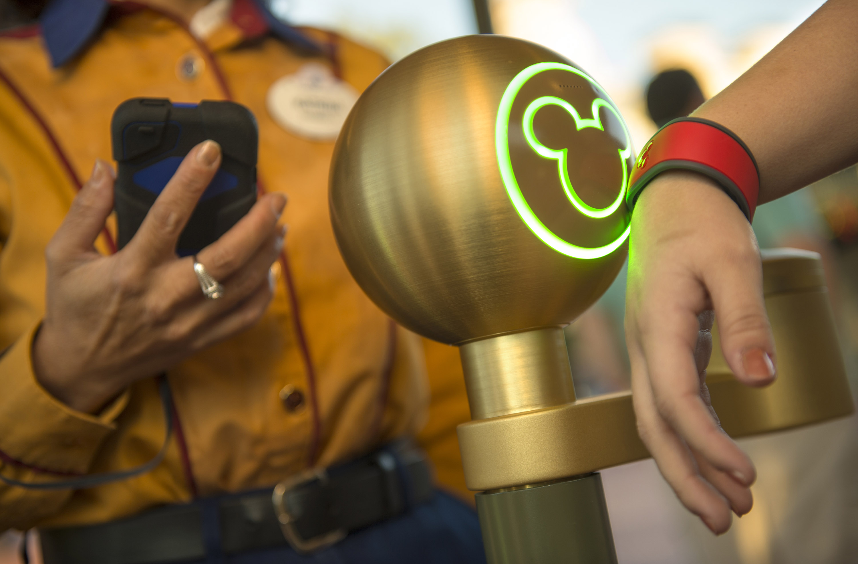 What the Internet of Things Might Mean for Theme Parks, Museums, and Other Fun Places