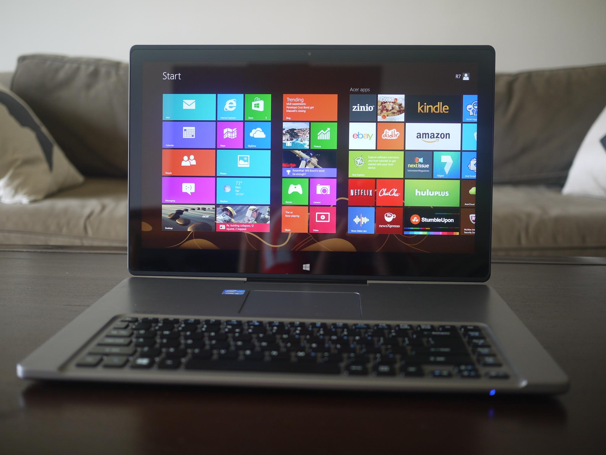 Acer Aspire R7's Bold Design Backfires
