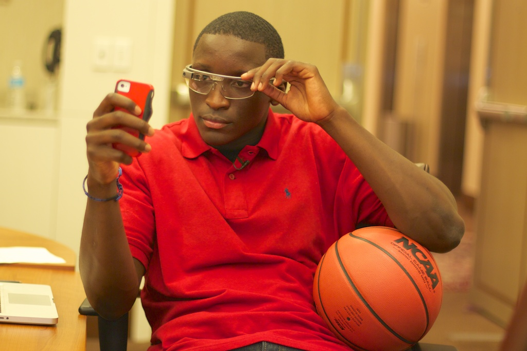 "NBA Refs Wearing Google Glass? ""A Great Idea,"" Houston Rockets Exec Tells Reddit."