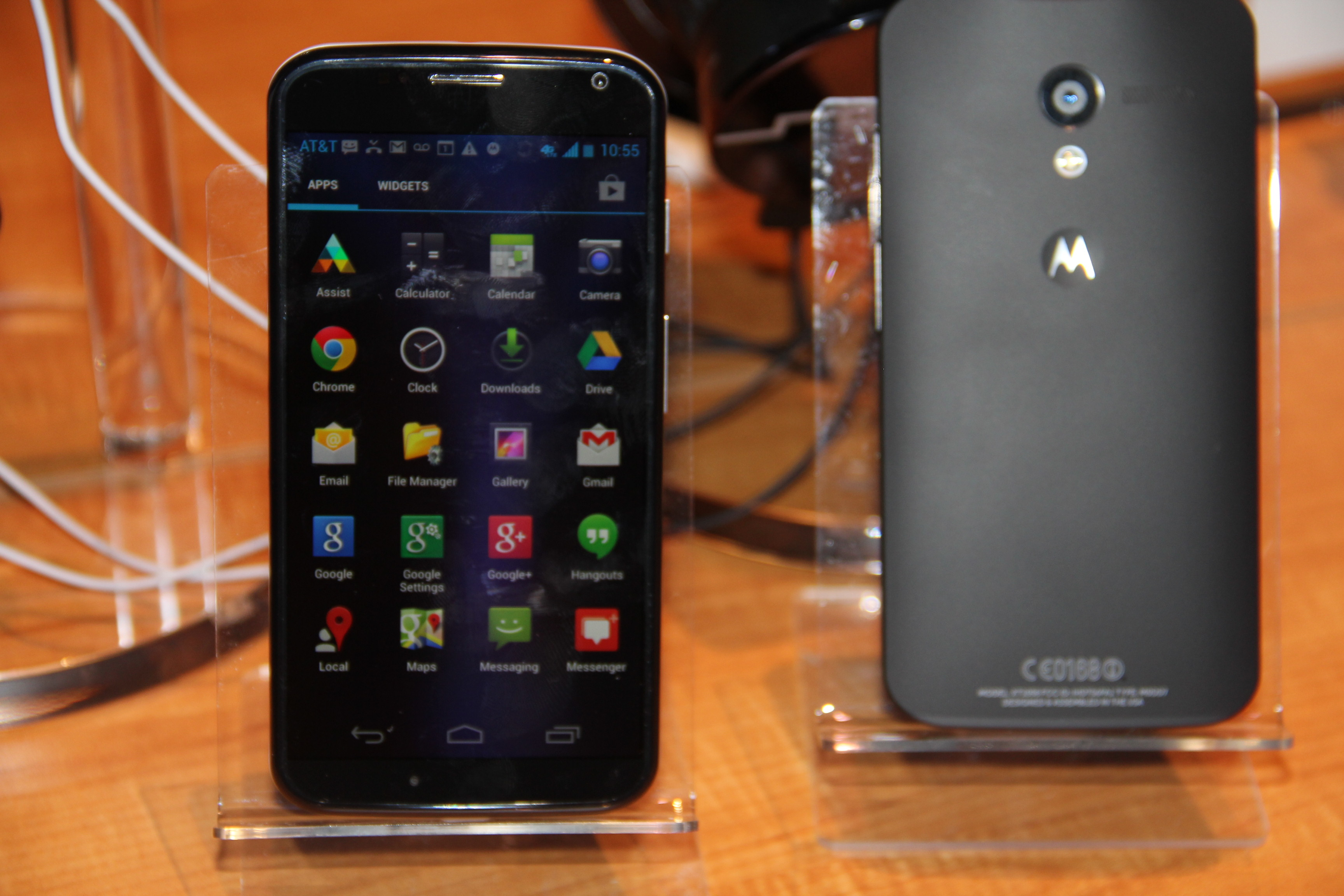 Moto X Stacks Up To The Iphone 5