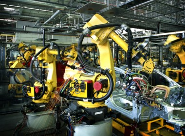 robot shutterstock:Rainer Plendl