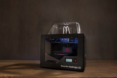 MakerBot_Replicator2X_high_1